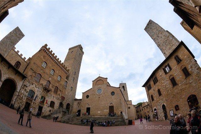 Que Ver en San Gimignano Piazza Duomo Colegiata Podesta