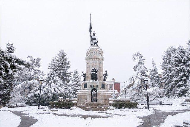 Que Ver en Veliko Tarnovo Memorial Guerra Madre Bulgaria