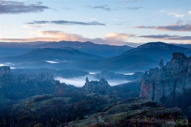 Rocas de Belogradchik Bulgaria Amanecer Mirador