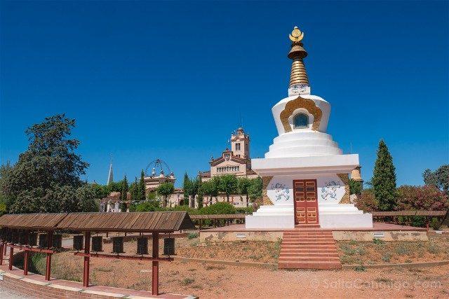 Garraf Monasterio Budista Estupa Salud