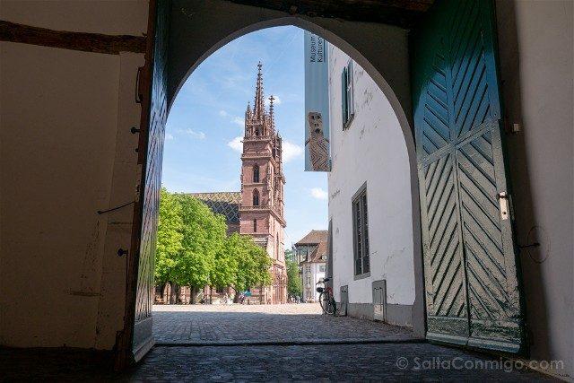 Que Ver en Basilea Catedral Museo Culturas