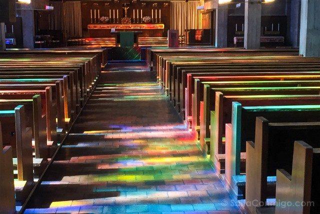 Que Ver en Basilea Iglesia St Anton Colores Interior