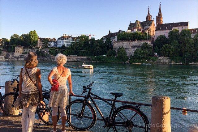 Que Ver en Basilea Klein Basel Atardecer Catedral