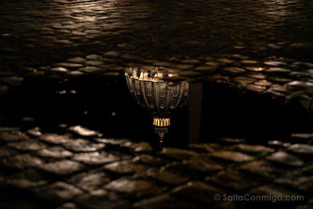 Que Ver en Roma San Pedro Noche Reflejo