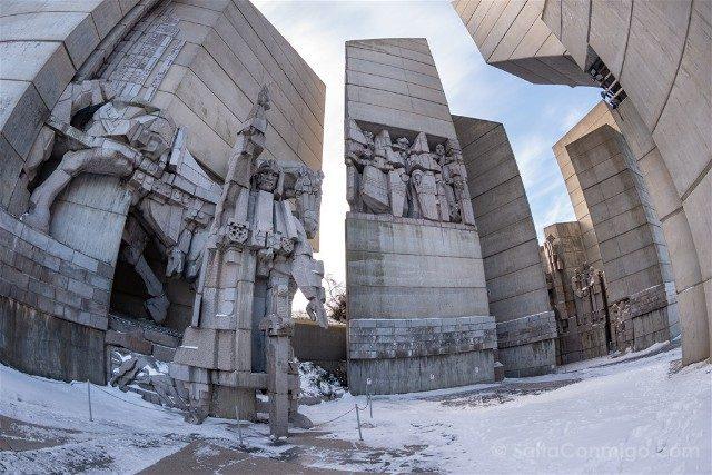 Monumento Fundadores Estado Bulgaro Shumen Primera Plaza