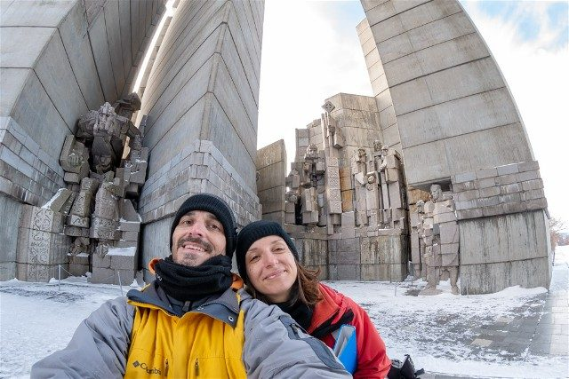 Monumento Fundadores Estado Bulgaro Shumen Selfie Cybertron