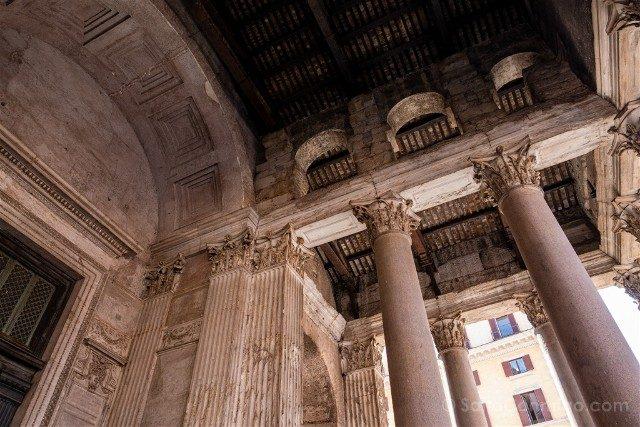 Panteon de Roma Portico Columnas