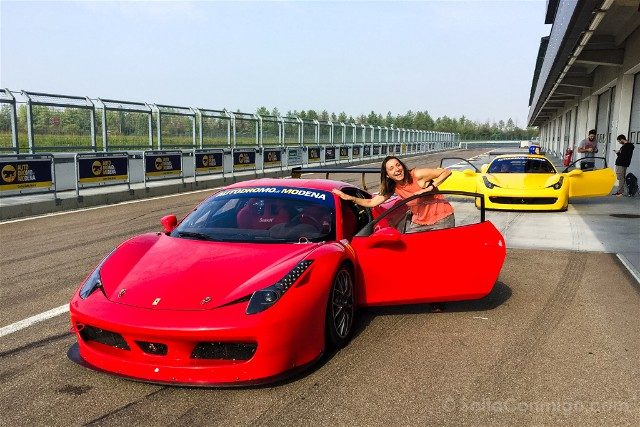 Autodromo Modena Motor Valley Ferrari Sara Puerta