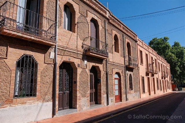 Colonia Guell Calle