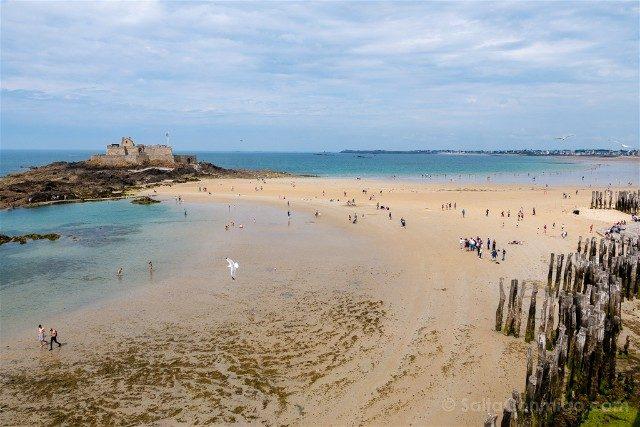 Que Ver en Saint-Malo Fort National Rompeolas Playa