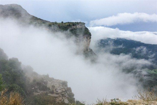 Tavertet Riscos Niebla