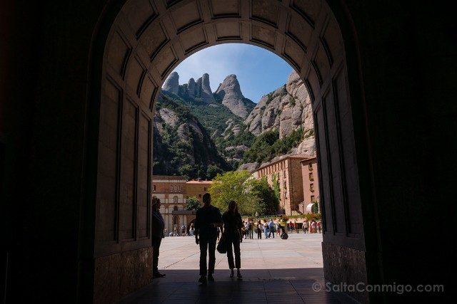 Monasterio de Montserrat Basilica Arcada