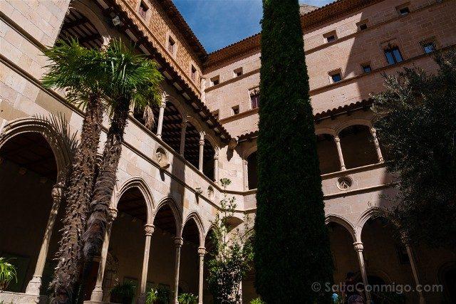 Monasterio de Montserrat Claustro