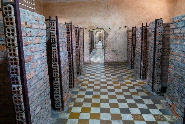Que Ver en Nom Pen Museo Tuol Sleng S21 Celdas