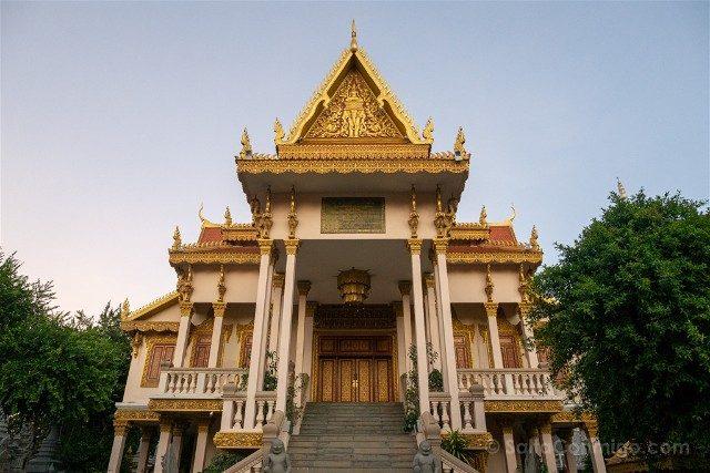 Que Ver en Nom Pen Wat Langka