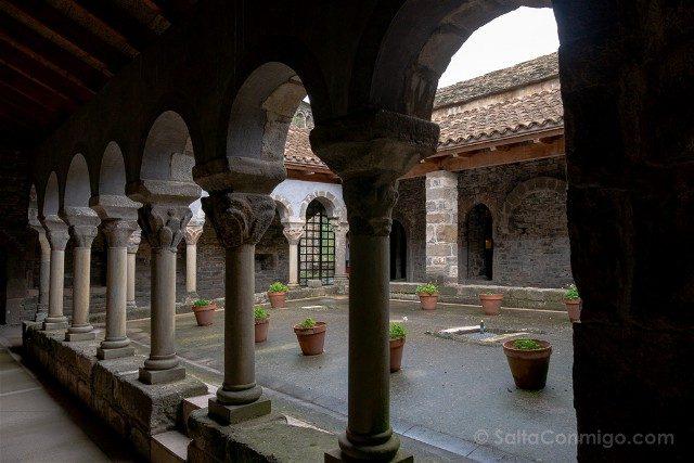 Romanico Barcelona Sant Pere de Casserres Claustro
