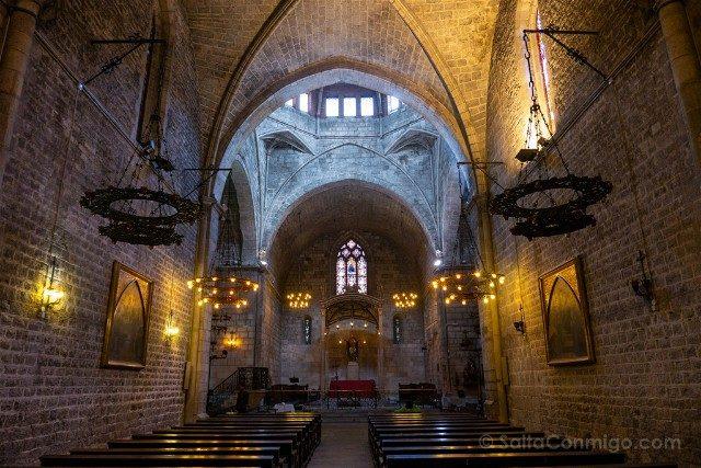 Romanico Barcelona Santa Anna Interior