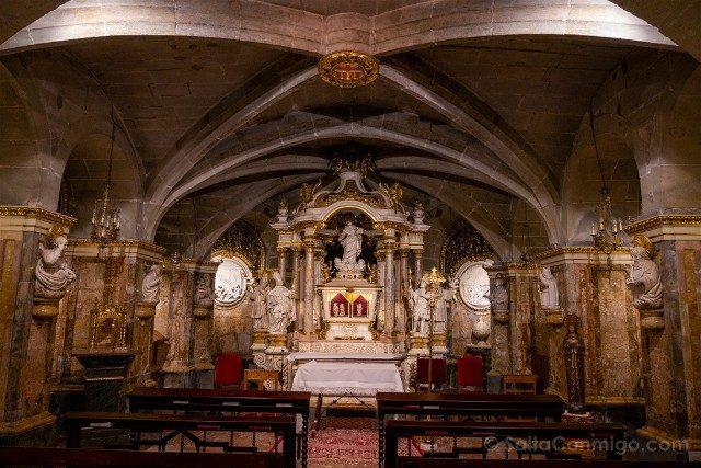 Seu de Manresa Cripta Cuerpos Santos