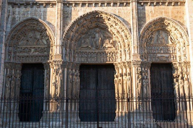 Catedral de Chartres Detalle Portico Principal