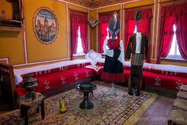 Que Ver en Koprivshtitsa Casa Lyutov Trajes