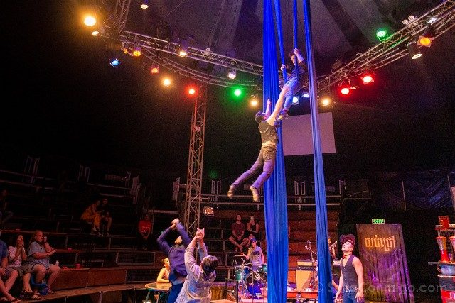 Que hacer ver Siem Reap Phare Circus Vuelo