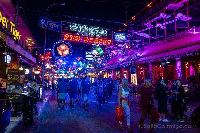 Que hacer ver Siem Reap Pub Street Turistas