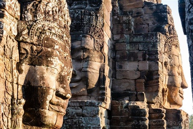 Templos de Angkor Thom Bayon Caras Dorado