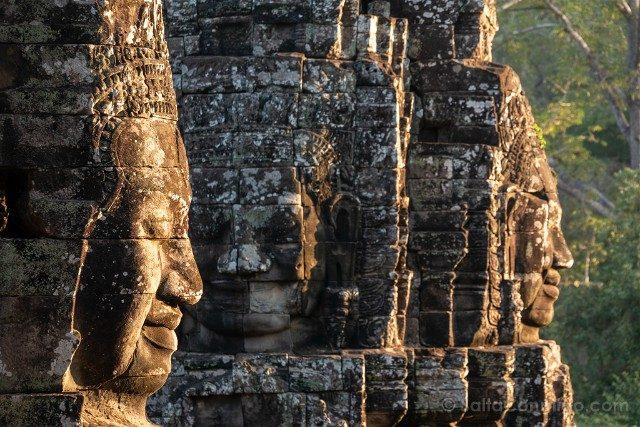 Templos de Angkor Thom Bayon Caras Rojo