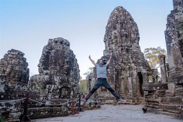 Templos de Angkor Thom Bayon Salto