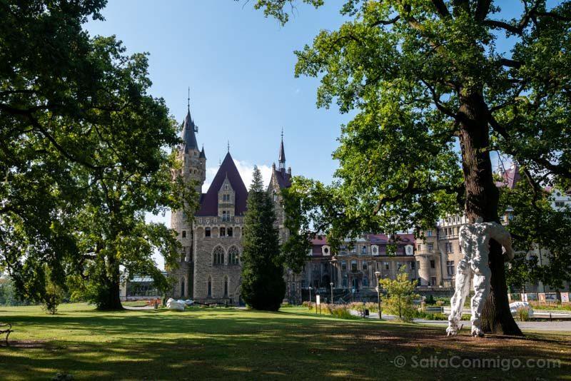 Castillo de Moszna Completo Jardin