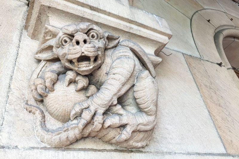 Castillo de Moszna Interior Detalle Dragon