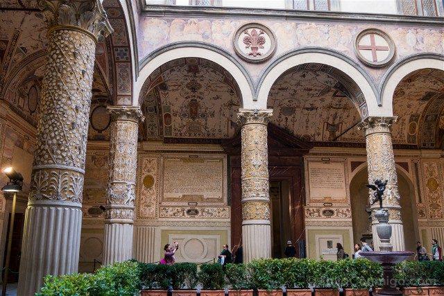 Palazzo Vecchio Florencia Patio General