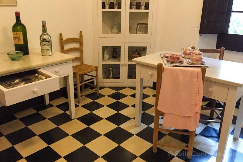 Castillo Pubol Gala Dali Cocina