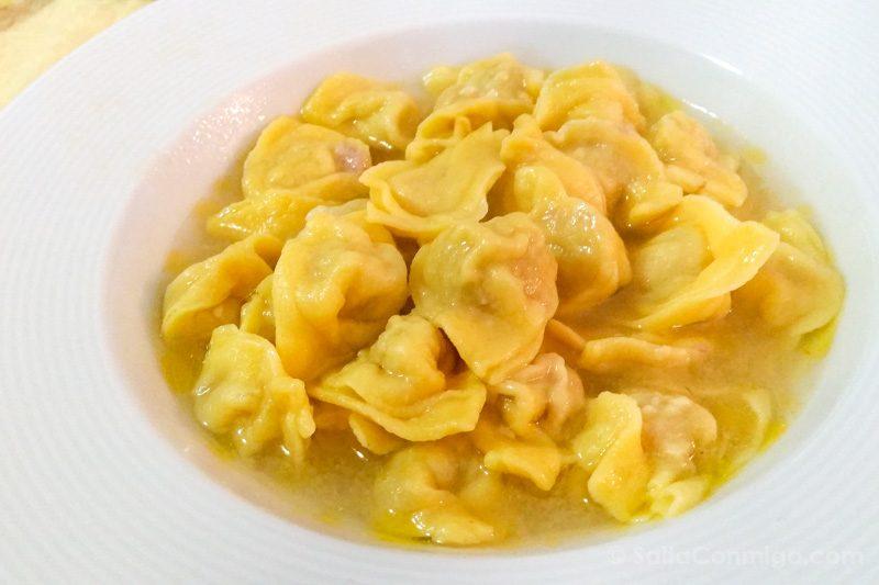 Comida Tipica Centro Italia Marche Cappelletti Brodo