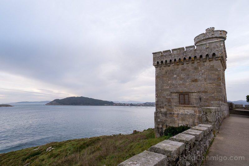 Fortaleza Parador Baiona Torre Muralla