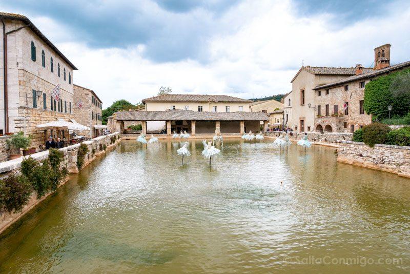 Que Ver en Valle Orcia Bagno Bignoni Plaza Fuente
