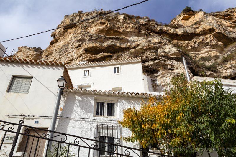 Alcala del Jucar Casas Canon