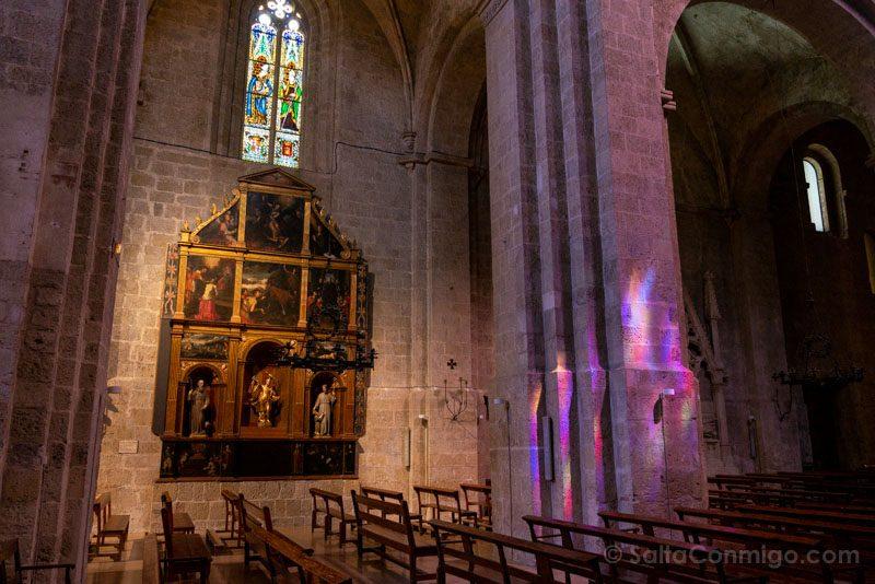 Monasterio Sant Cugat del Valles Interior Iglesia Altar