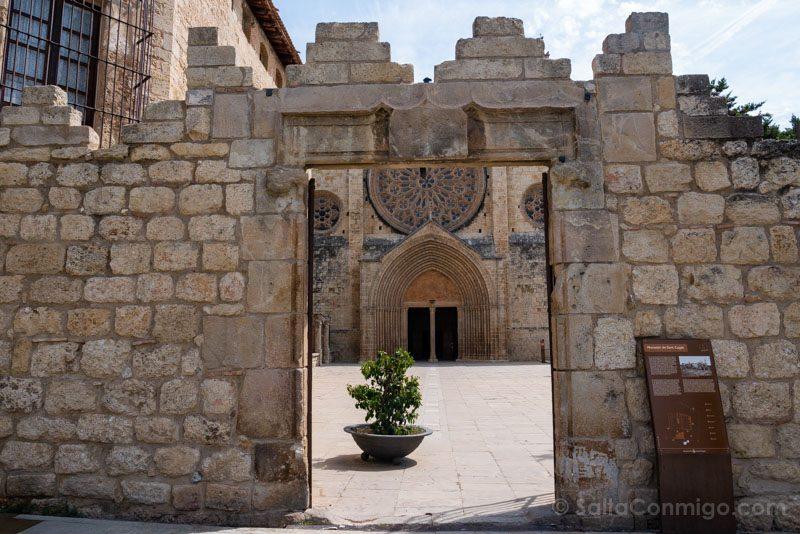 Monasterio Sant Cugat del Valles Muralla
