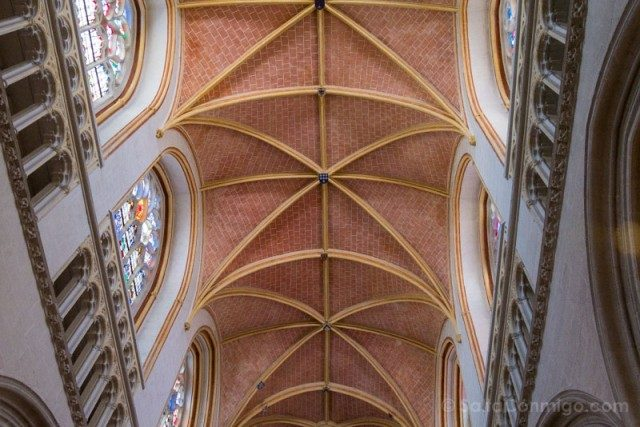 Visitar Quimper Bretana Catedral Boveda