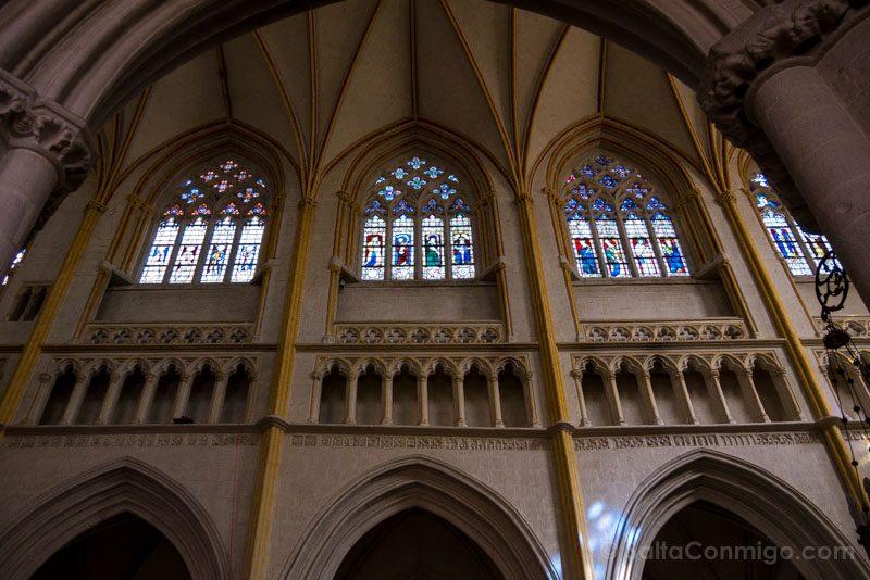Turismo En Quimper Bretana Catedral Vidrieras
