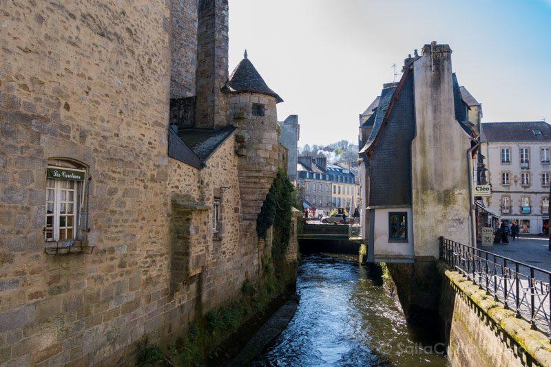 Que Visitar En Quimper Bretana Muralla Rio Steir
