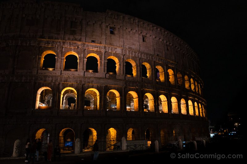 Roma Coliseo Noche