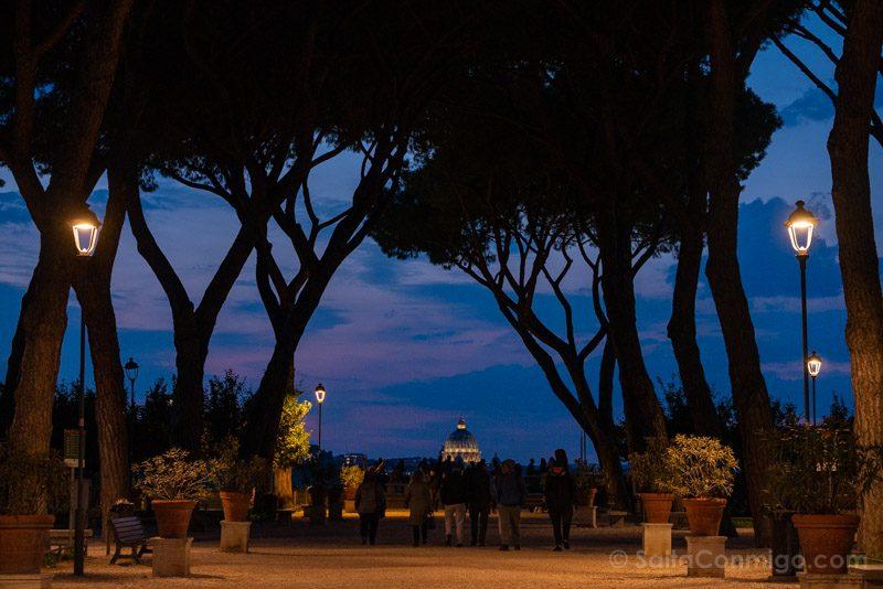 Miradores de Roma Jardin Naranjos Hora Azul