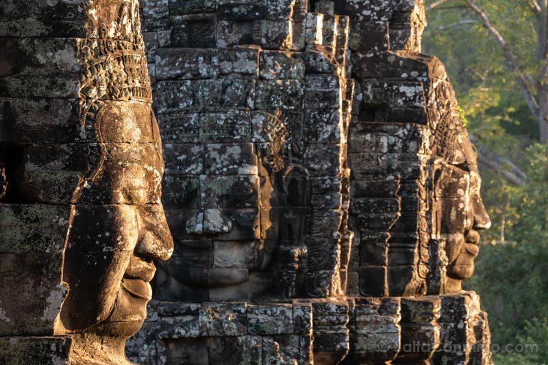 Que Ver En Camboya Angkor Thom Bayon Caras