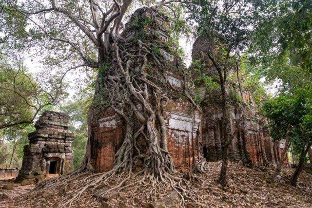 Que Visitar En Camboya Koh Ker