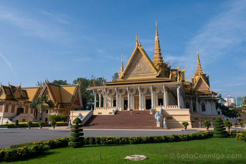 Que Ver En Camboya Nom Pen Palacio Real