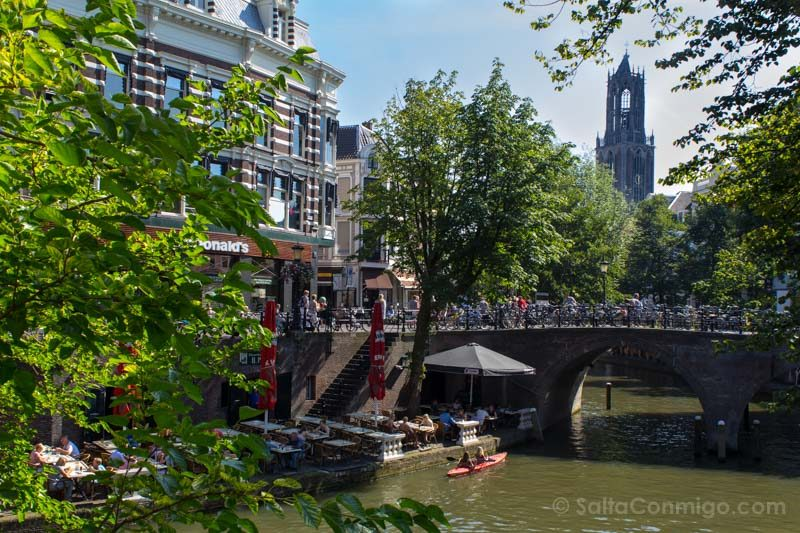 Utrecht Holanda Paises Bajos Muelles Terrazas