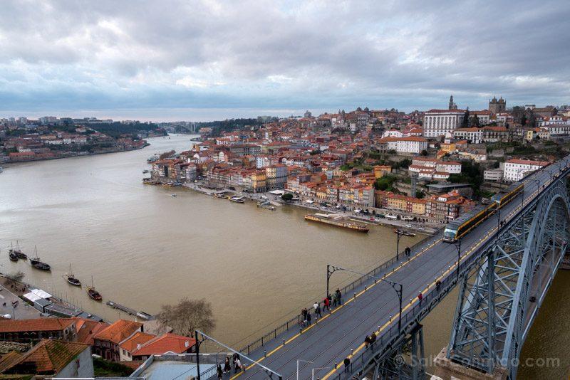 Bodegas Oporto Puente Luis I Gaia