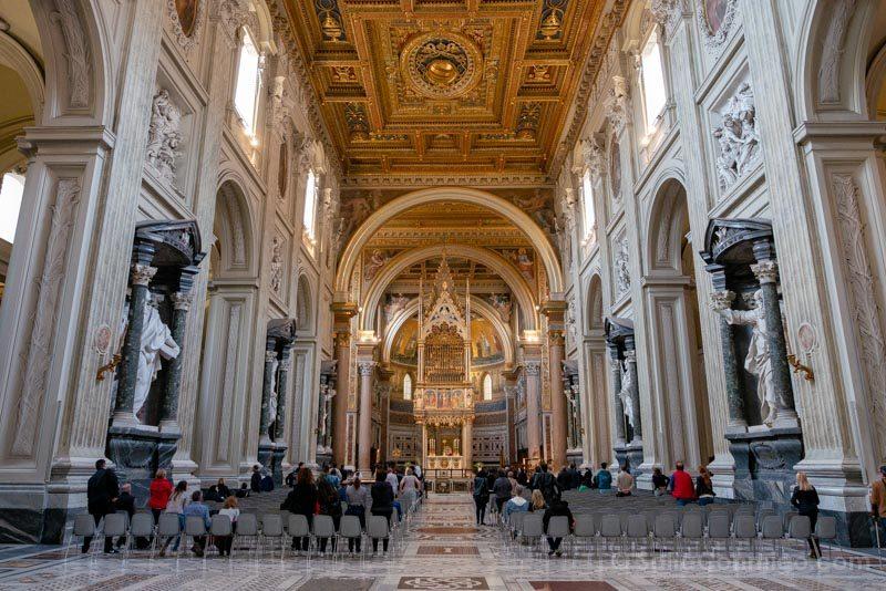 Iglesias de Roma Archibasilica San Juan Letran Interior